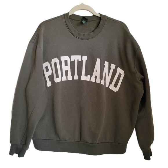 Wild Fable Portland Sweatshirt L Large Crewneck